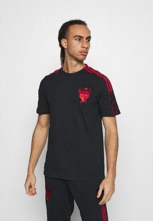 FC BAYERN MÜNCHEN TEE - Klubové oblečení - black