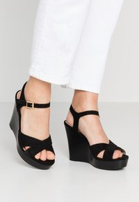 Dorothy Perkins - RADICAL STACKED 70S WEDGE - High heeled sandals - black - 0