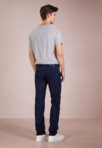 BOSS - MAINE - Straight leg jeans - navy - 2