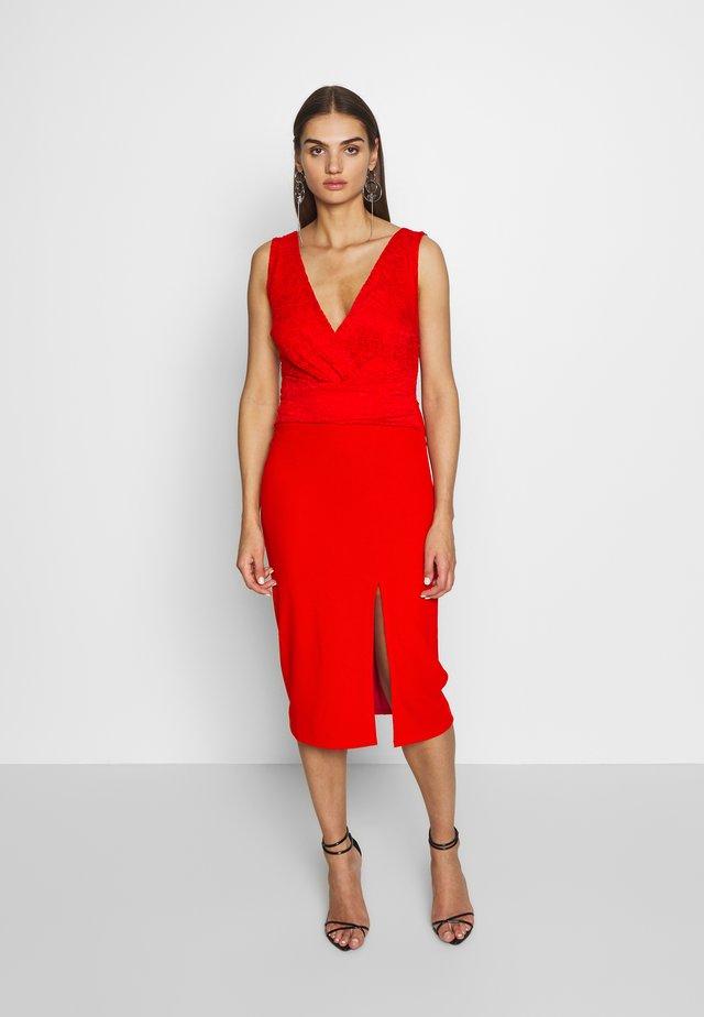 LAYERED MIDI DRESS - Robe de soirée - red