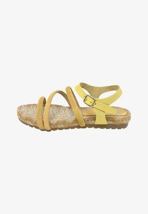 Sandalias - amarillo