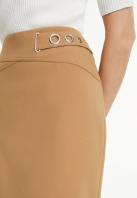 comma - Pencil skirt - camel - 3
