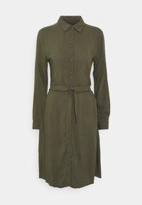 IHMAIN - Shirt dress - ivy green