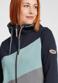 Oxmo - AGGI - Zip-up hoodie - insignia blue - 3