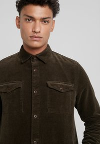 Barbour - OVERSHIRT - Shirt - olive - 5