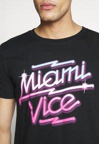 Bioworld - MIAMI VICE NEON TEE - T-shirt print - black - 4