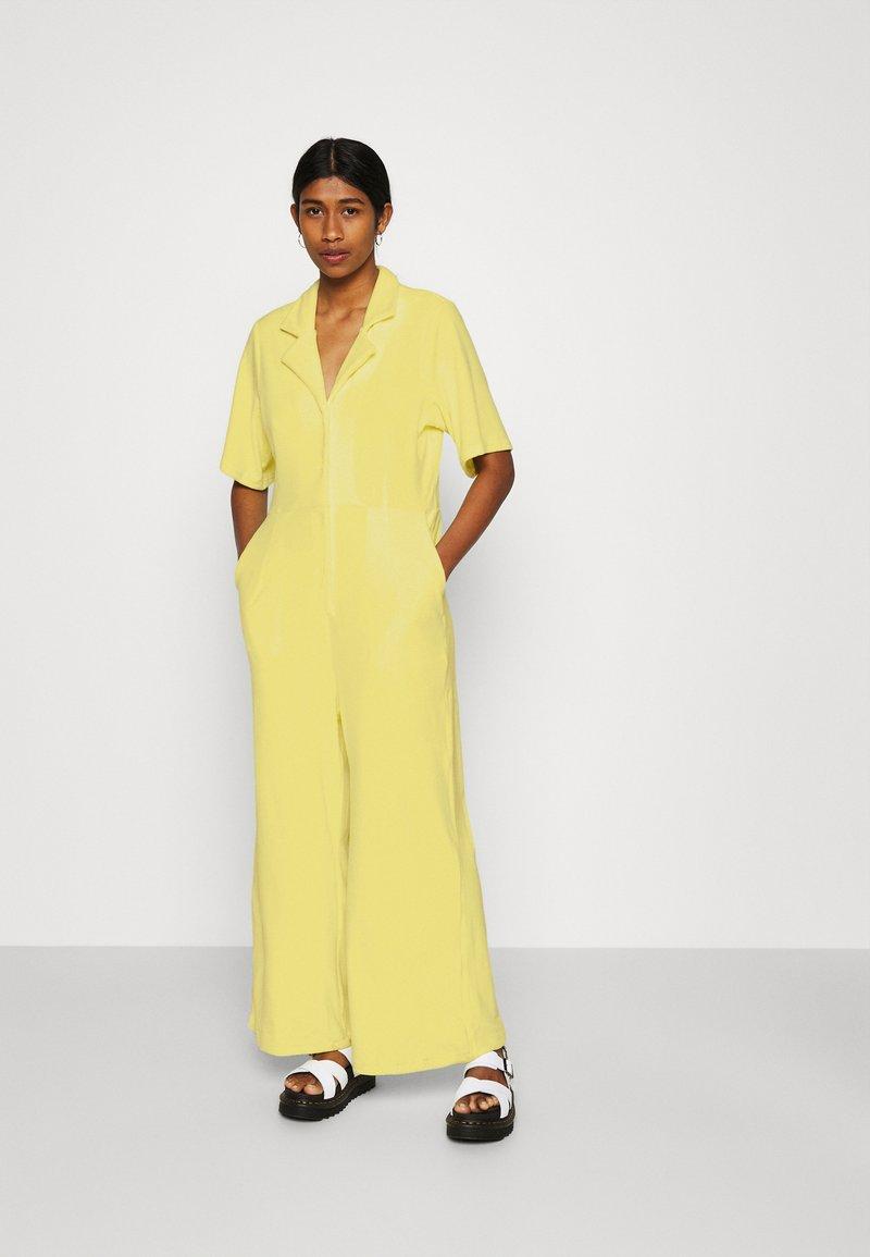 Monki - SAMMI - Jumpsuit - yellow
