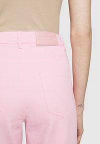 Olivia Rubin - LYNNIE - Straight leg jeans - lilac pink ombre - 6