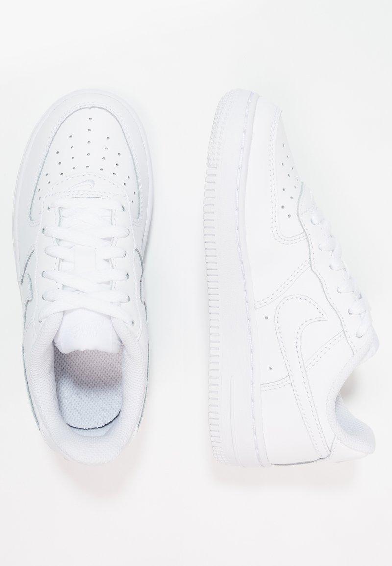 Nike Sportswear - Sneakersy niskie - white