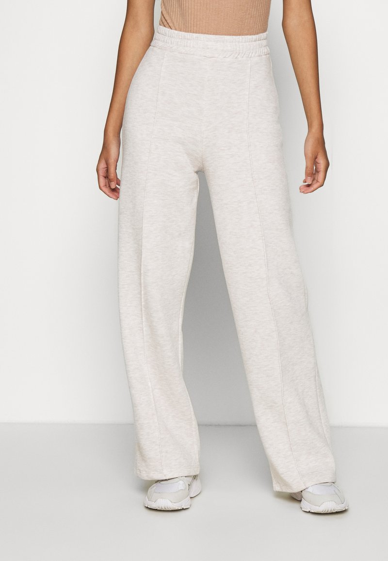 Nly by Nelly - STRAIGHT COZY PANTS - Trainingsbroek - beige mélange