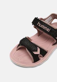 Hummel - GLITTER UNISEX - Sandalias de senderismo - black - 6