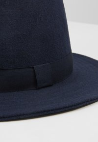 Only & Sons - ONSCARLO FEDORA HAT - Hat - maritime blue - 5