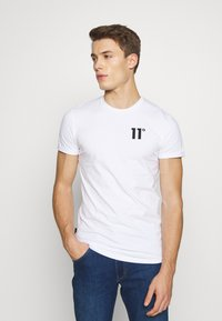 11 DEGREES - CORE MUSCLE FIT - Print T-shirt - white - 0