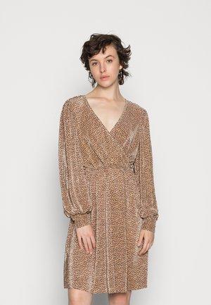ONLVIA SHORT DRESS - Cocktailjurk - beige/black