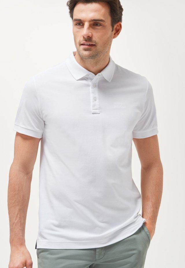 PRIMUS - Polo shirt - white