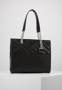 Guess - QUEENIE TOTE - Tote bag - black - 0