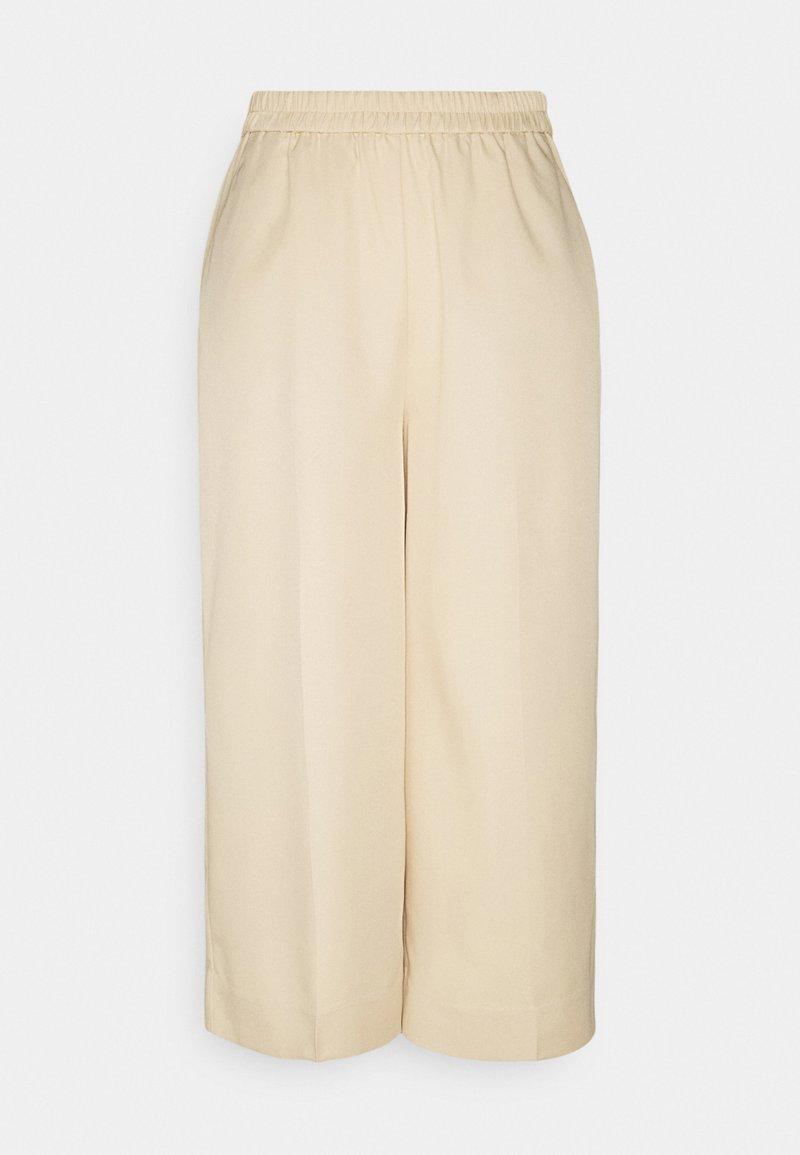 PIECES Tall - PCLINIANNE CULOTTE PANT TALL - Pantalones - almond buff