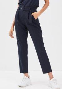 Cache Cache - Pantalon classique - bleu marine - 0