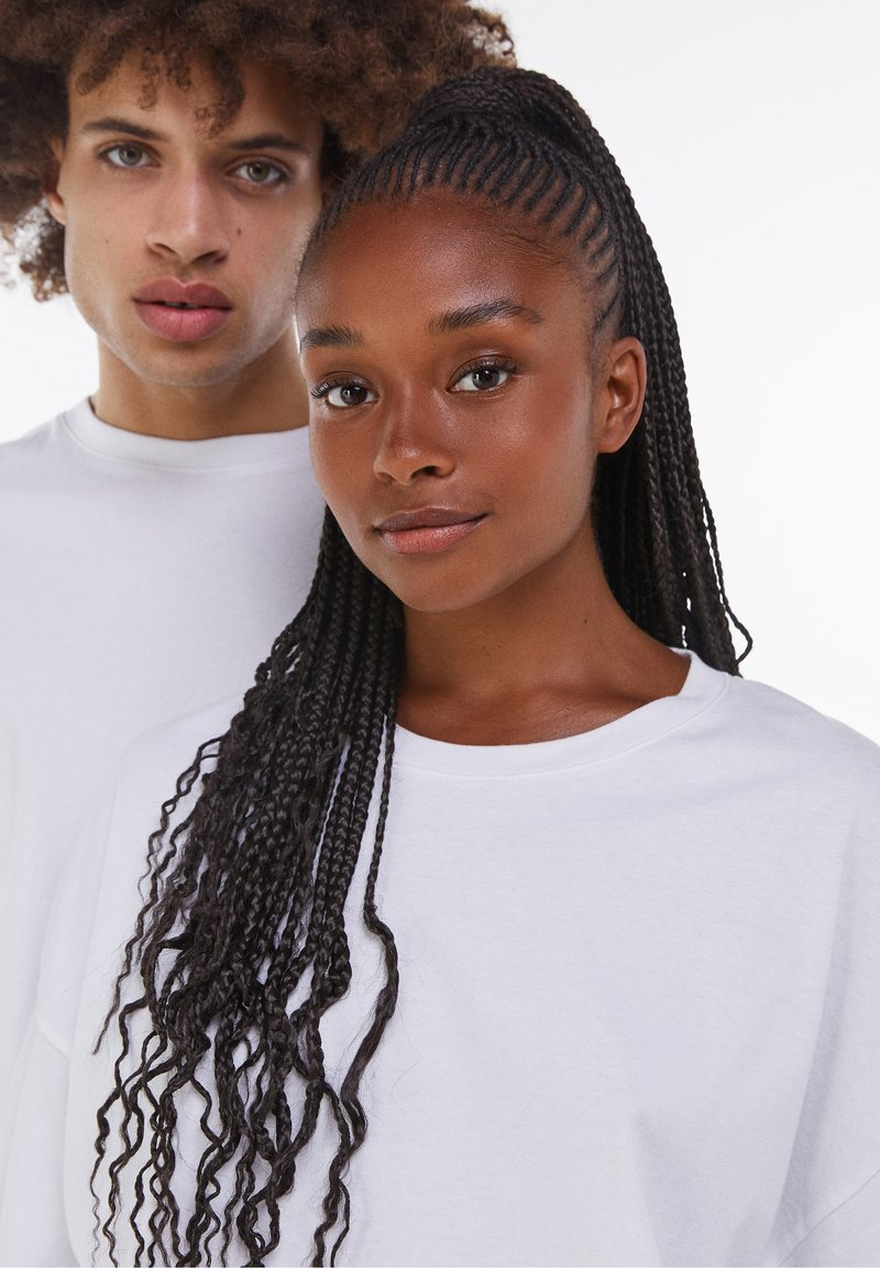 Bershka - OVERSIZED - T-shirt basique - white