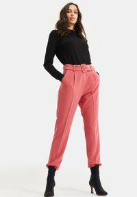 WE Fashion - Trousers - pink - 4