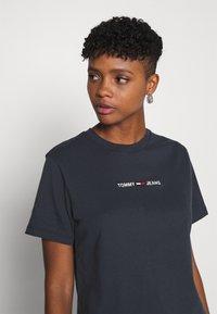 Tommy Jeans - LINEAR LOGO TEE - T-shirt basic - twilight navy - 3