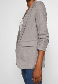 ONLY - ONLANYA BONE - Blazer - light grey melange - 6