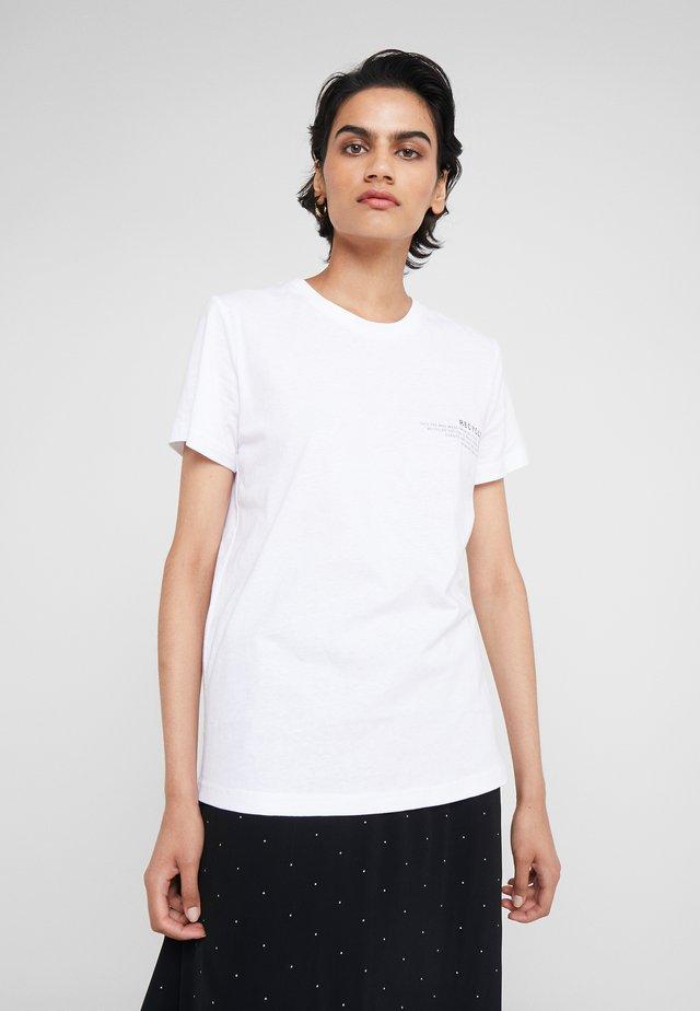 STANLEY TEXT TEE - T-shirt z nadrukiem - white