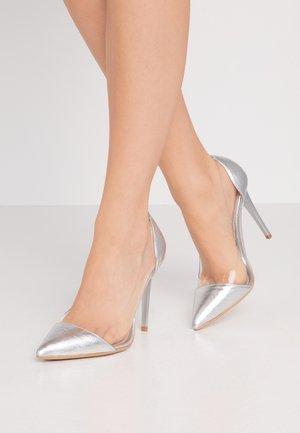 Decolleté - silver
