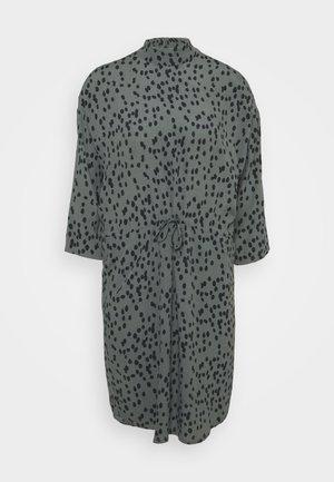 MASH - Denní šaty - daria print
