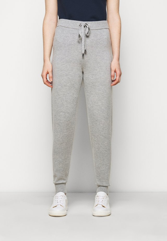 LOGO TAPE JOGGER - Tracksuit bottoms - pearl heather