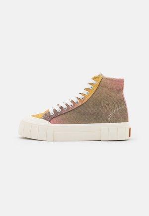 PALM UNISEX - Höga sneakers - pink/yellow
