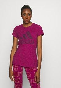 adidas Performance - WINNERS TEE - Print T-shirt - berry - 0