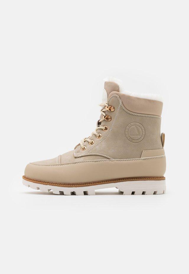 LUHTA REILU - Winter boots - natural white