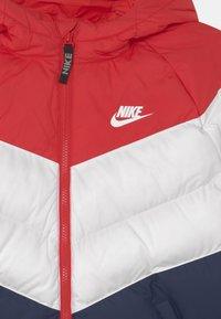 Nike Sportswear - SYNTHETIC FILL UNISEX - Winter jacket - university red/white/midnight navy - 2