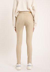 Pimkie - Jeans Skinny Fit - beige - 2