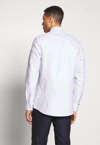 OLYMP - OLYMP LEVEL 5 BODY FIT - Formal shirt - bleu - 2