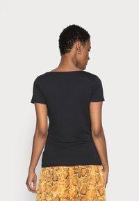 Esprit - CORE  - Basic T-shirt - black - 2
