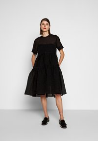 Victoria Victoria Beckham - EXAGERATED DRESS - Cocktail dress / Party dress - black - 0