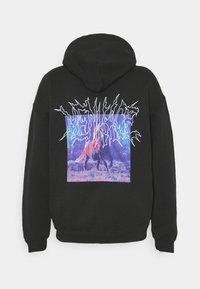Mennace - LIGHTNING STEED REGULAR HOODIE - Sweatshirt - black - 1