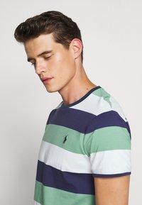 Polo Ralph Lauren - T-shirt med print - haven green - 3