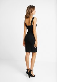 Missguided - SQUARE NECK STRAPPY DRESS - Etuikjole - black - 3