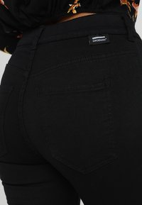 Dr.Denim Petite - PLENTY - Jeans Skinny Fit - black - 5