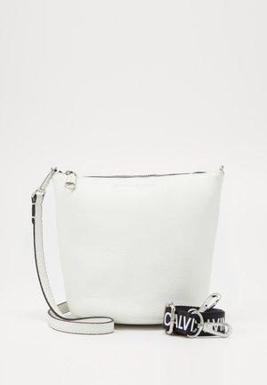 MINI BUCKET - Handbag - white