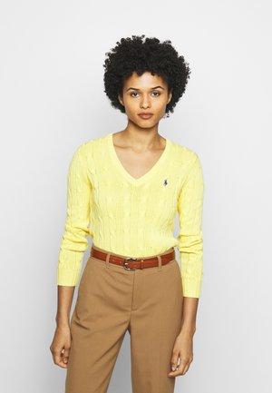 KIMBERLY - Pullover - lemon