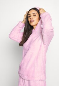 Loungeable - PINK BUNNY HOODED TWOSIE SET - Pyjamas - pink - 3