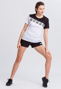Erima - Print T-shirt - white/black - 1