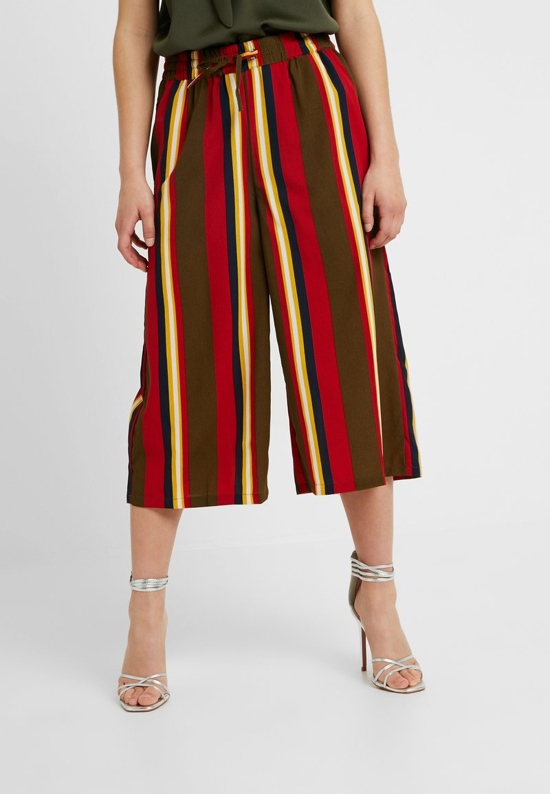 Noisy May Petite - NMGAIA CULOTTE PANTS - Trousers - kalamata