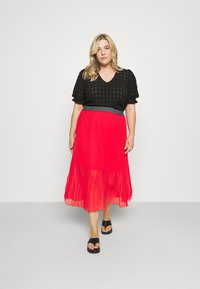 Simply Be - PLISSE MIDI SKIRT - A-line skirt - oxy red - 1