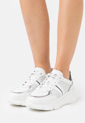 ADELE - Trainers - bianco