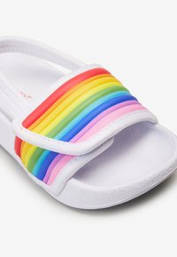 Next - RAINBOW POOL SLIDERS (YOUNGER) - Chanclas de baño - white - 4